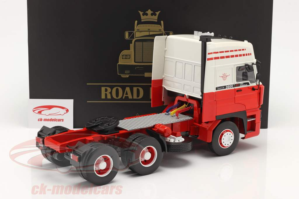 DAF 3600 SpaceCab Camion 1986 bianca / rosso 1:18 Road Kings