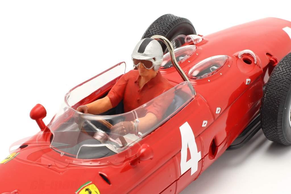 Sitter Renner figuur met rood overhemd 1:18 FigurenManufaktur