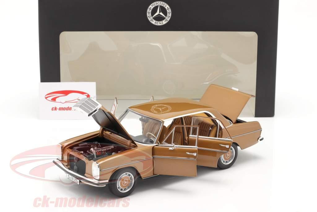 Mercedes-Benz 200 (W114/115) Bouwjaar 1968-73 Byzantium goud 1:18 Norev