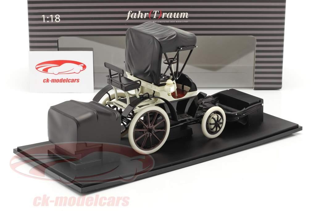 Lohner Porsche Bouwjaar 1900 zwart / Wit 1:18 Fahr(T)raum