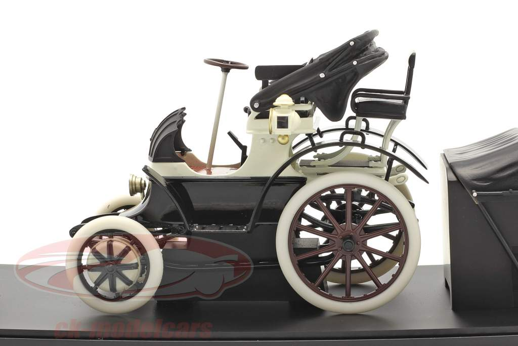 Lohner Porsche Año de construcción 1900 negro / Blanco 1:18 Fahr(T)raum