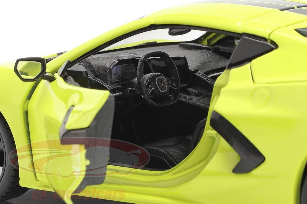 Chevrolet Corvette C8 Stingray Coupe Z51 Année de construction 2020 Jaune / noir 1:24 Maisto