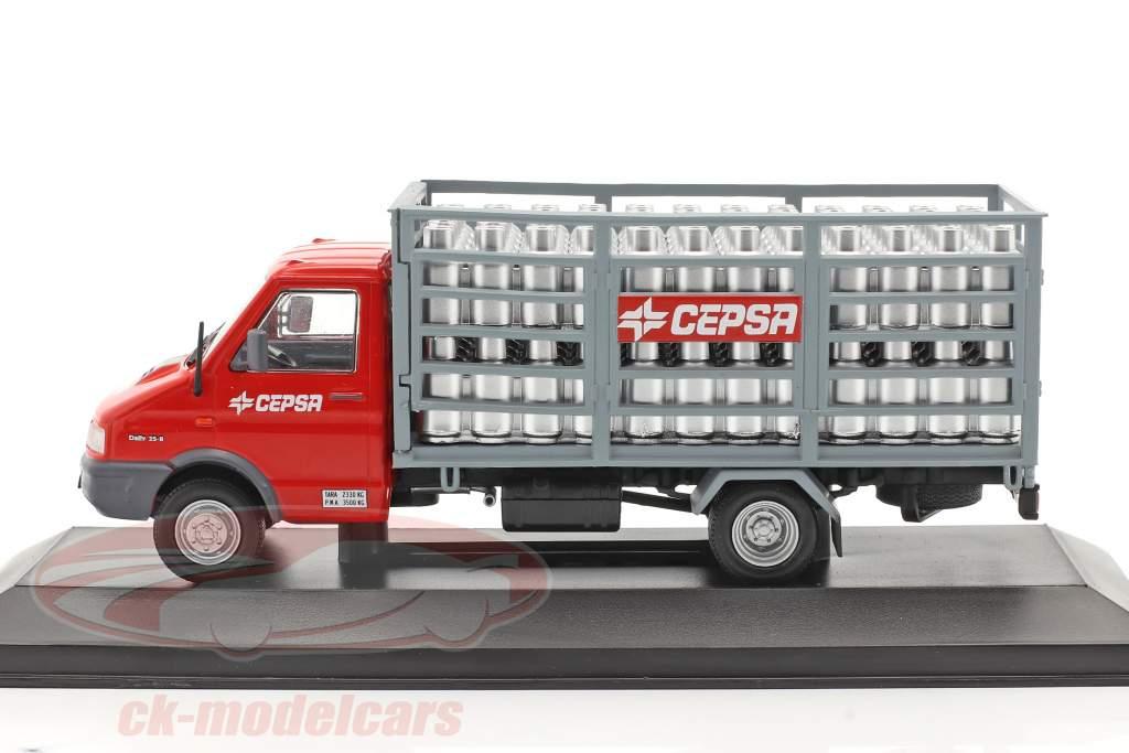 Pegaso Daily Vrachtwagen Cepsa Bouwjaar 1994 rood / Grijs 1:43 Altaya