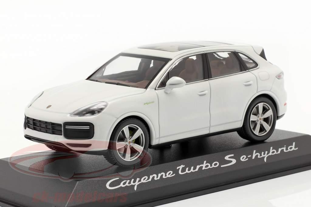 Porsche Cayenne Turbo S E-Hybrid Anno di costruzione 2019 carrara bianca 1:43 Minichamps