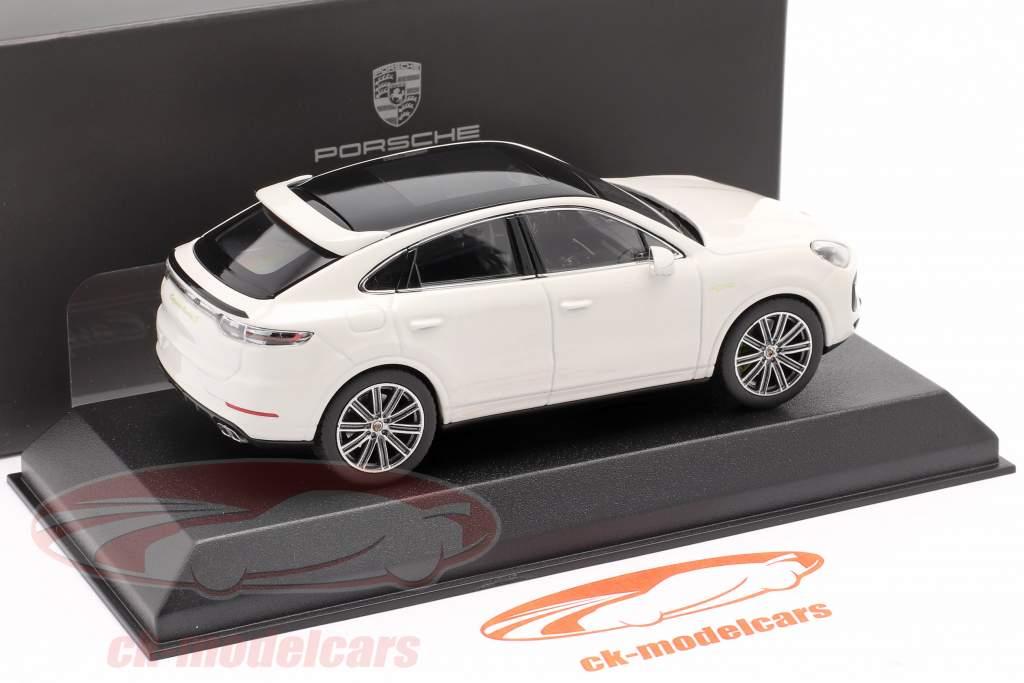 Porsche Cayenne Turbo S E-Hybrid Coupe 2019 carrara white 1:43 Norev