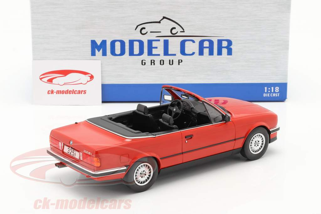 BMW 3 Serie (E30) Cabriolet Byggeår 1985 rød 1:18 Model Car Group