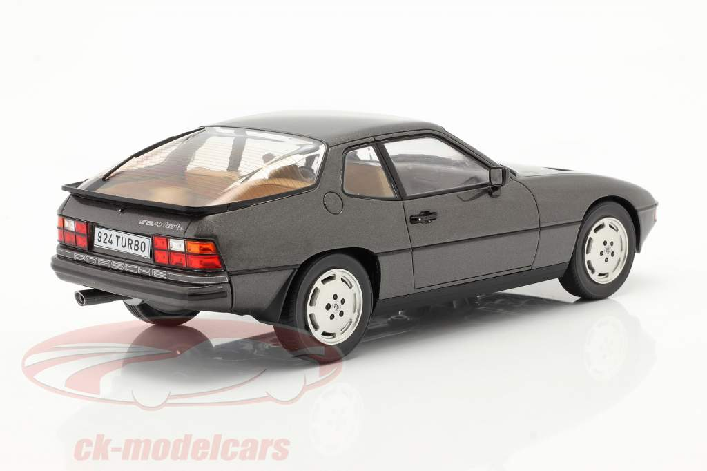 Porsche 924 Turbo Anno di costruzione 1979 grigio scuro metallico 1:18 Model Car Group