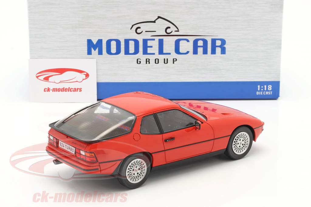 Porsche 924 Turbo year 1979 red 1:18 Model Car Group
