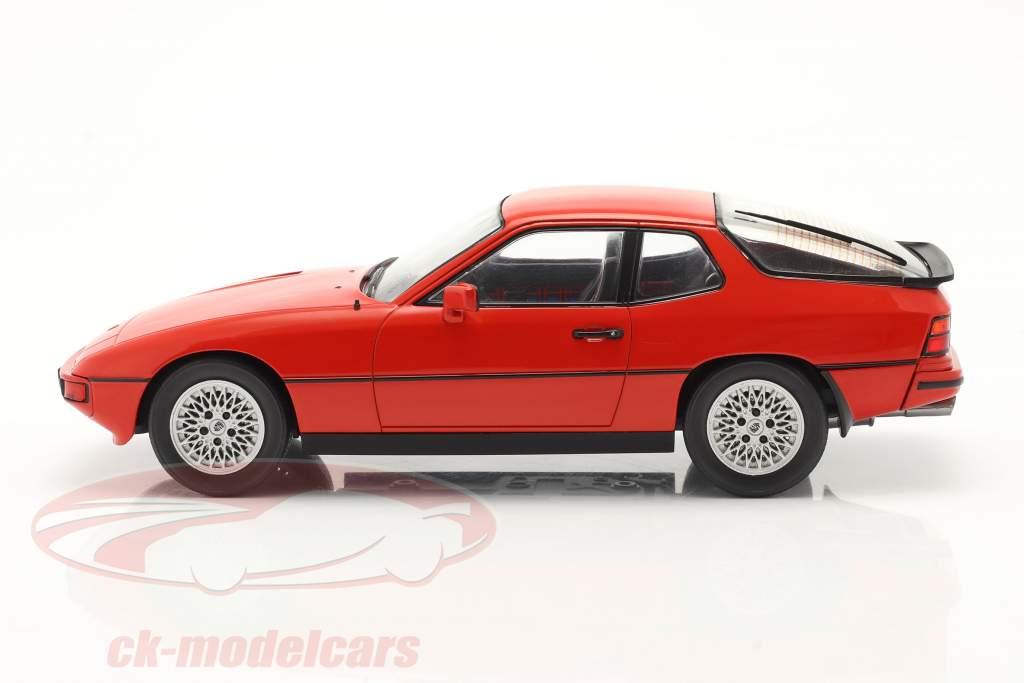 Porsche 924 Turbo Année de construction 1979 rouge 1:18 Model Car Group