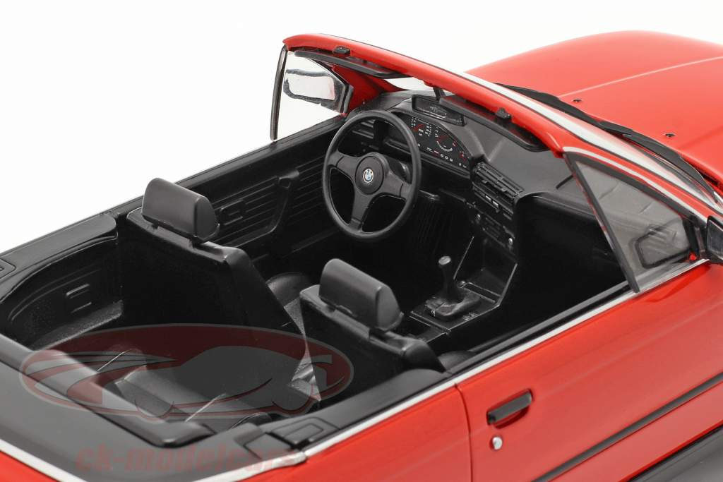 BMW 3 Series (E30) Cabriolet year 1985 red 1:18 Model Car Group