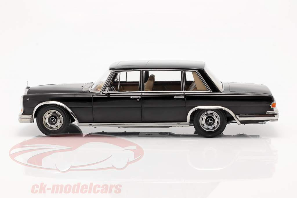 Mercedes-Benz 600 SWB (W100) year 1963 black 1:18 KK-Scale