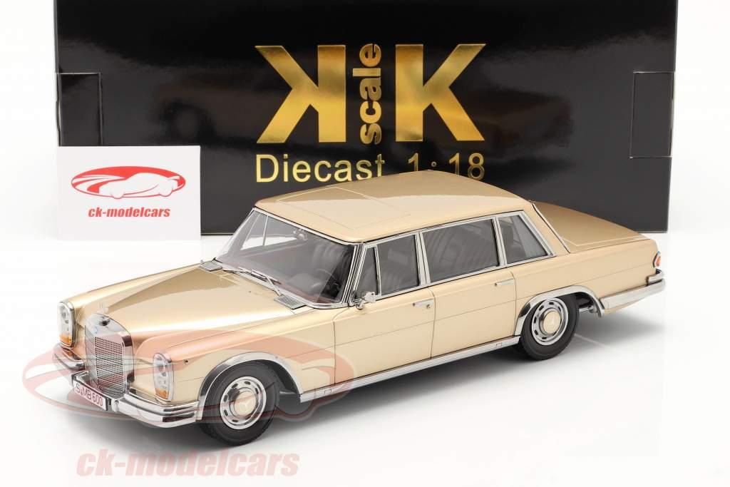 Mercedes-Benz 600 SWB (W100) Byggeår 1963 lys guld metallisk 1:18 KK-Scale