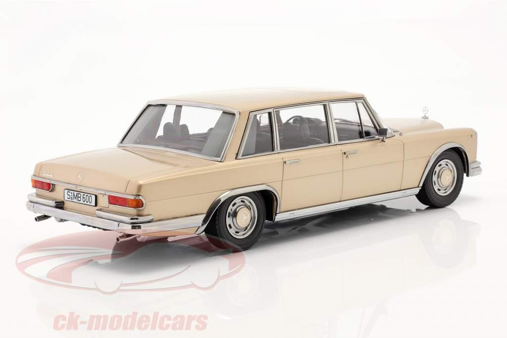 Mercedes-Benz 600 SWB (W100) Année de construction 1963 Or clair métallique 1:18 KK-Scale
