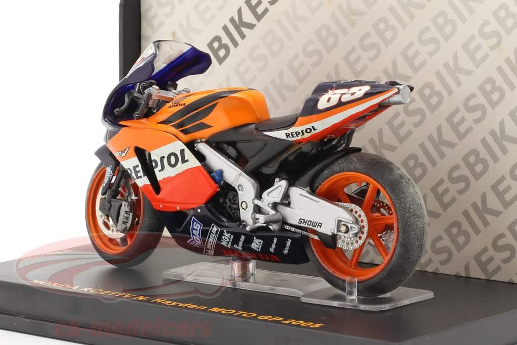 Nicky Hayden Honda RC211V #69 MotoGP 2005 1:24 Ixo