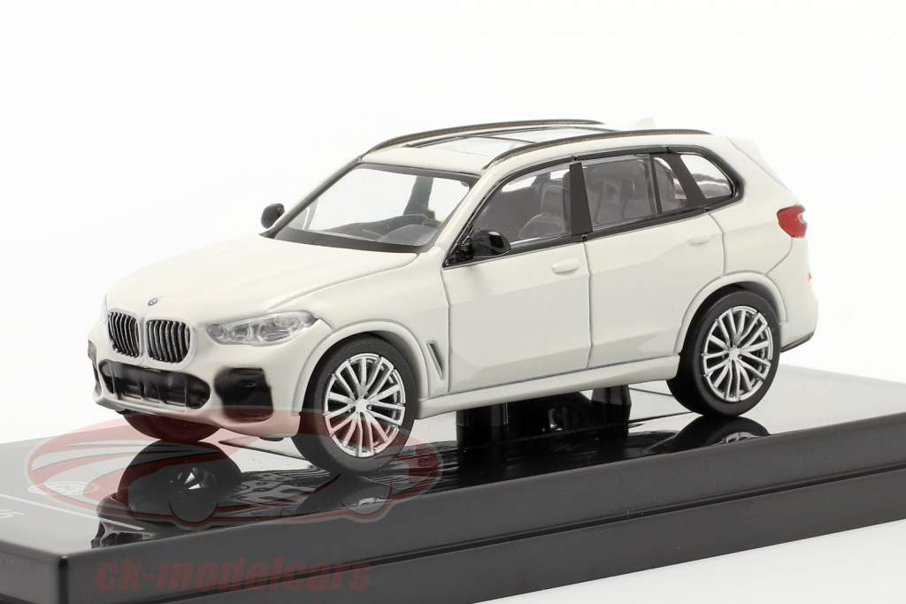 BMW X5 G05 year 2018 mineral white 1:64 Paragon Models
