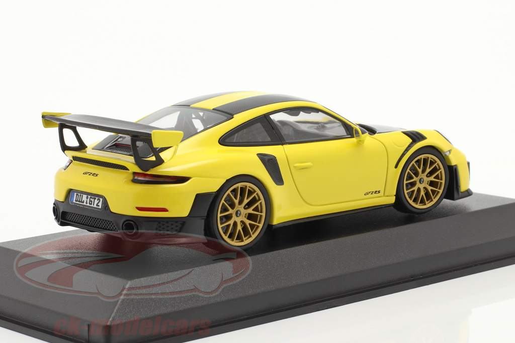 Porsche 911 (991 II) GT2 RS Weissach Package 2018 racing gul 1:43 Minichamps