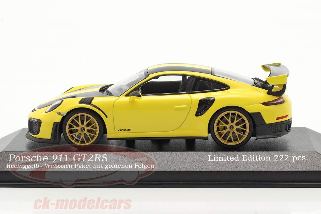 Porsche 911 (991 II) GT2 RS Weissach Package 2018 racing gelb 1:43 Minichamps