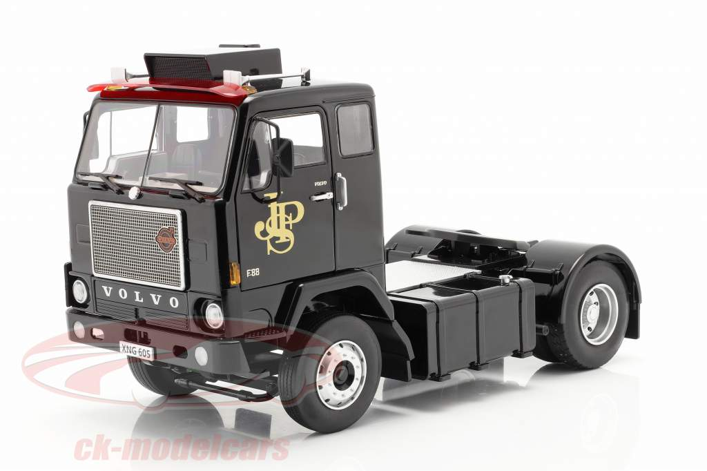 Volvo F88 Truck John Player Team Lotus 1978 1:18 Road Kings