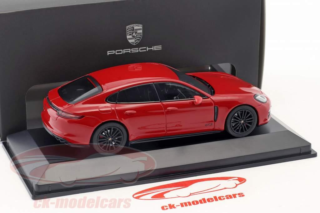 Porsche Panamera GTS Baujahr 2016 karminrot 1:43 Herpa