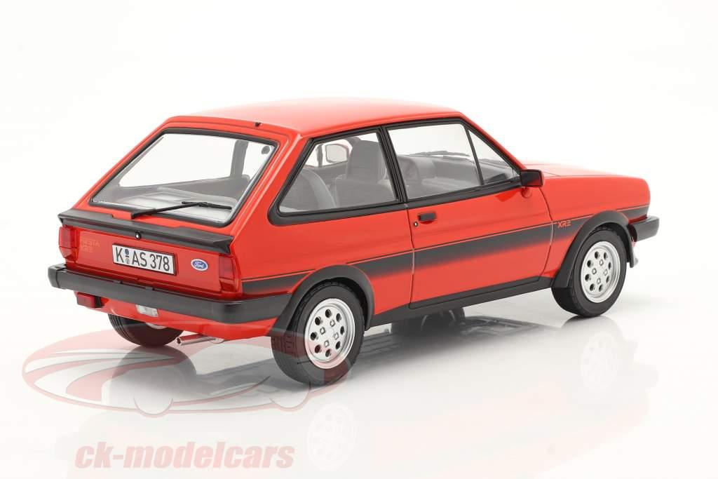 Ford Fiesta XR2 Bouwjaar 1981 rood 1:18 Norev