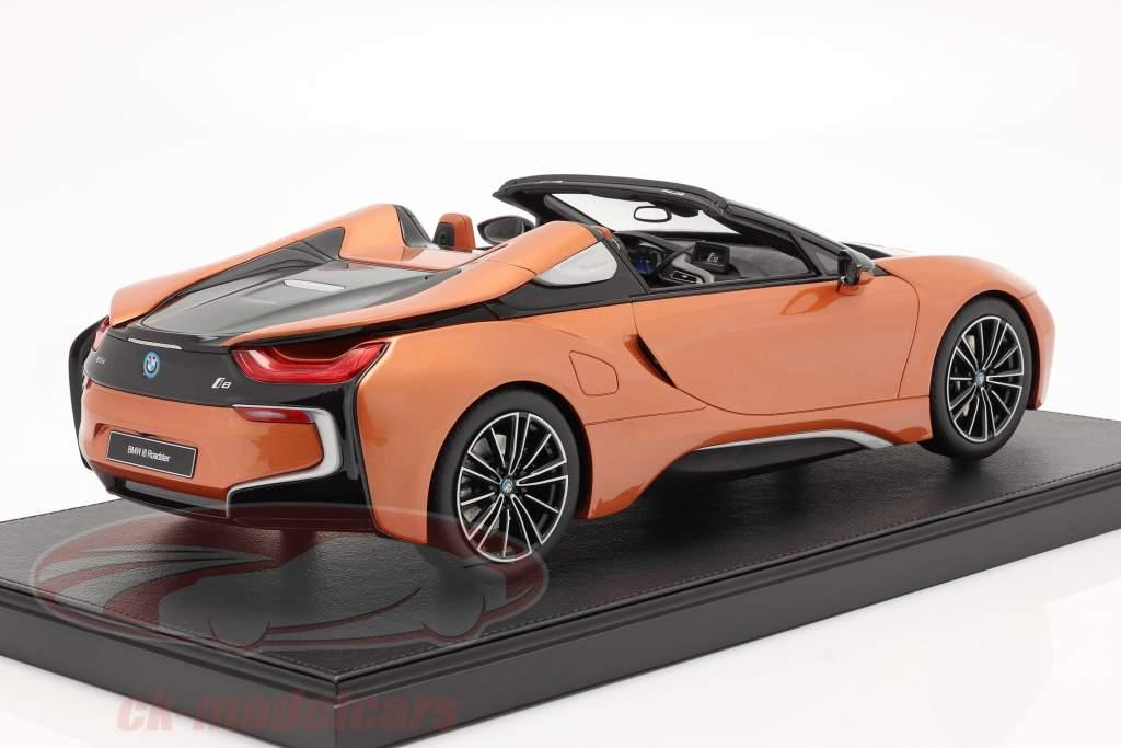 BMW i8 Roadster E-rame 1:12 BMW