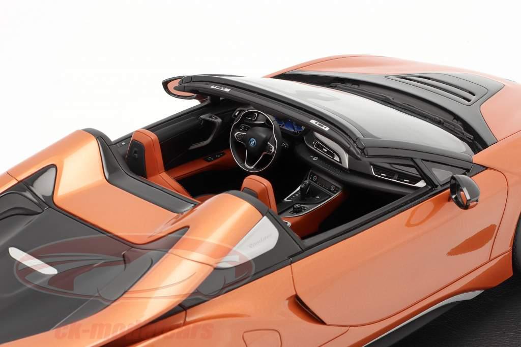 BMW i8 Roadster E-kupfer 1:12 BMW