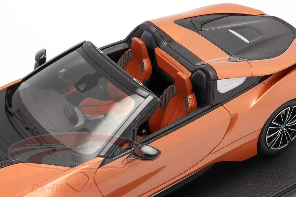 BMW i8 Roadster E-cuivre 1:12 BMW