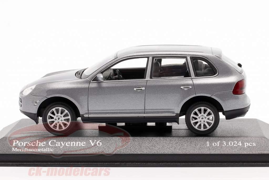 Porsche Cayenne V6 Anno 2003 grigio 1:43 Minichamps