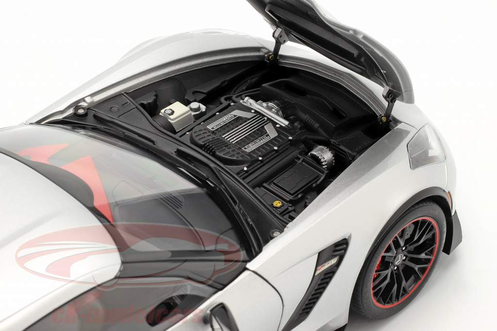 Chevrolet Corvette C7 Z06 year 2014 silver 1:18 AUTOart