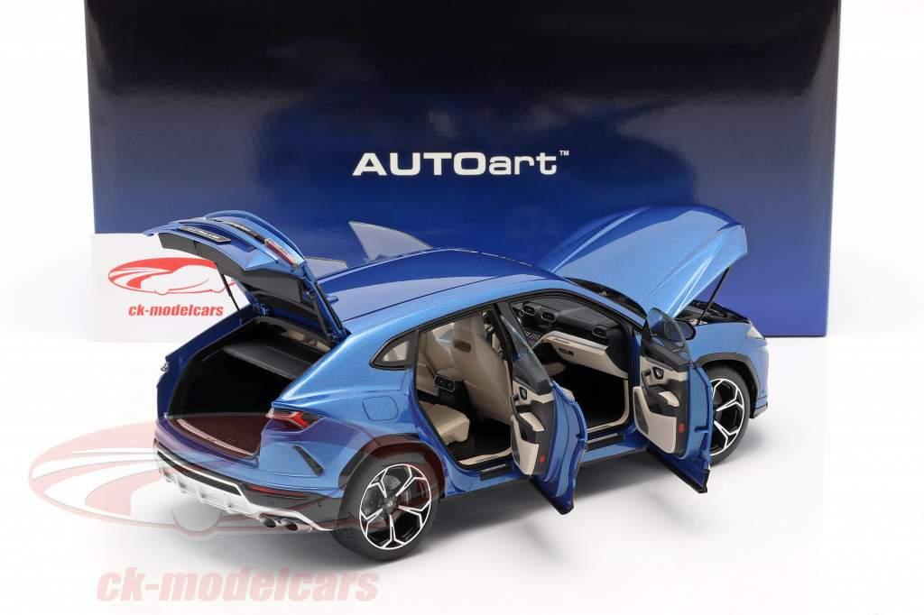 Lamborghini Urus Ano de construção 2018 azul metálico 1:18 AUTOart