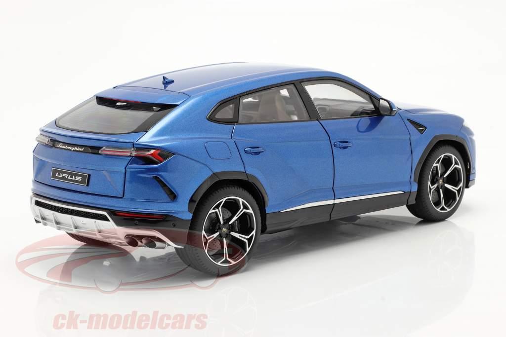 Lamborghini Urus Année de construction 2018 bleu métallique 1:18 AUTOart