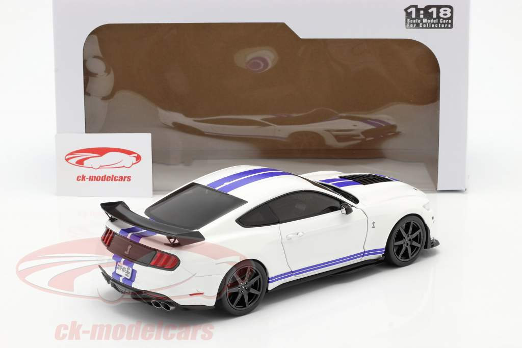 Ford Mustang Shelby GT500 Fast Track Année de construction 2020 blanc 1:18 Solido