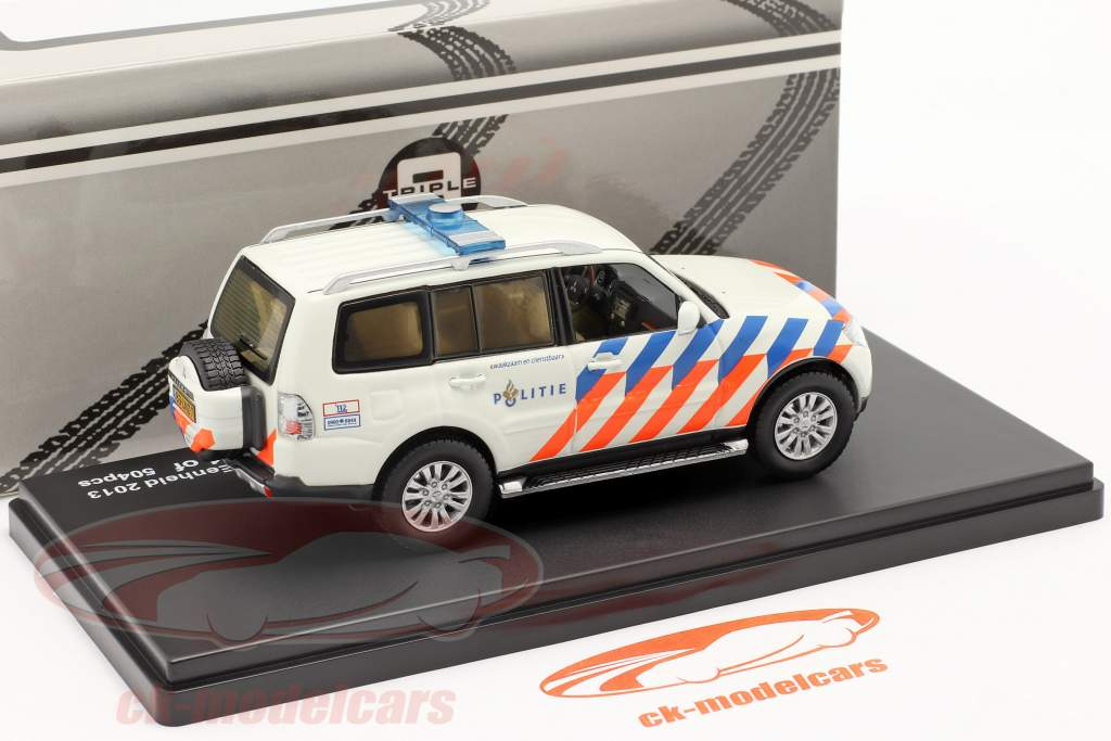 Mitsubishi Pajero Politie Nederland 2013 wit / oranje / blauw 1:43 Triple 9