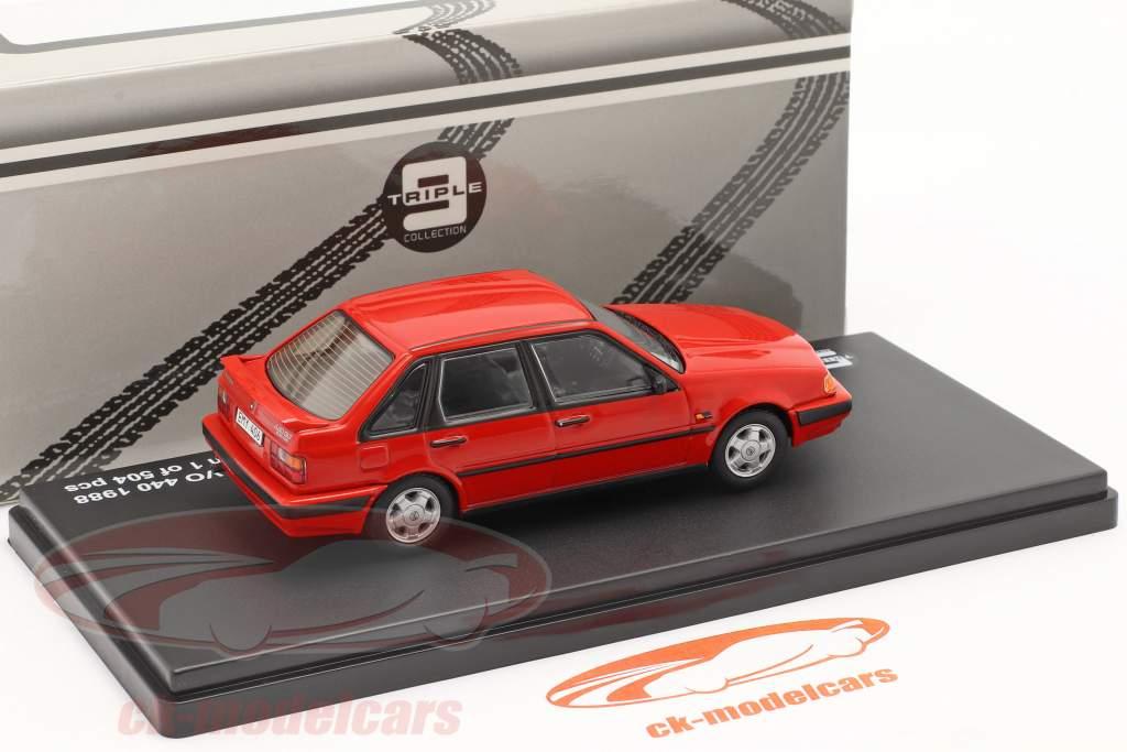 Volvo 440 Turbo anno 1988 rosso 1:43 Triple9