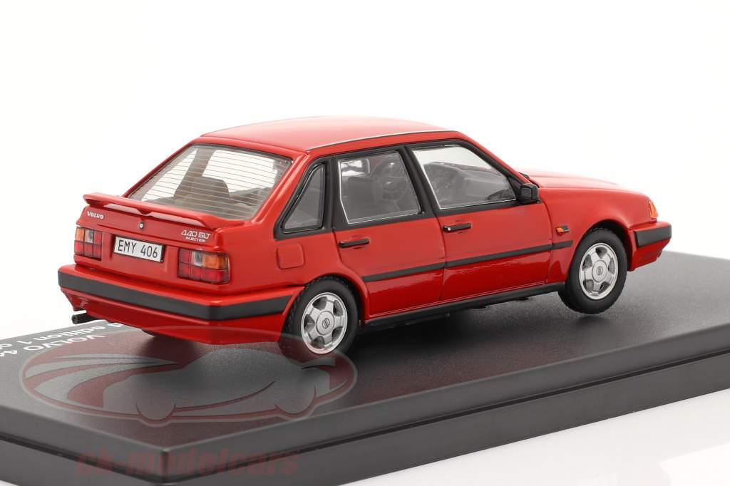 Volvo 440 Turbo jaar 1988 rood 1:43 Triple9