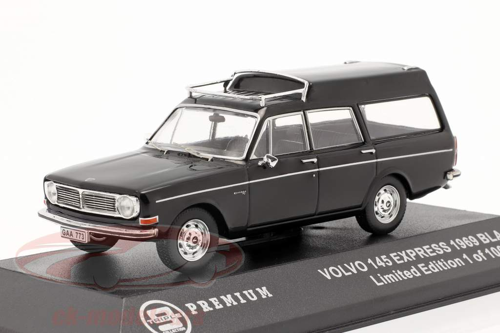 Volvo 145 Express år 1969 sort 1:43 Triple9