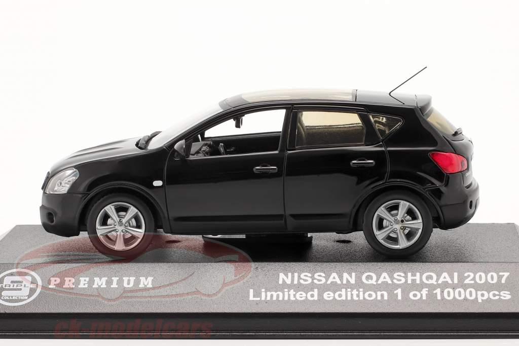 Nissan Qashqai Baujahr 2007 preto 1:43 Triple 9