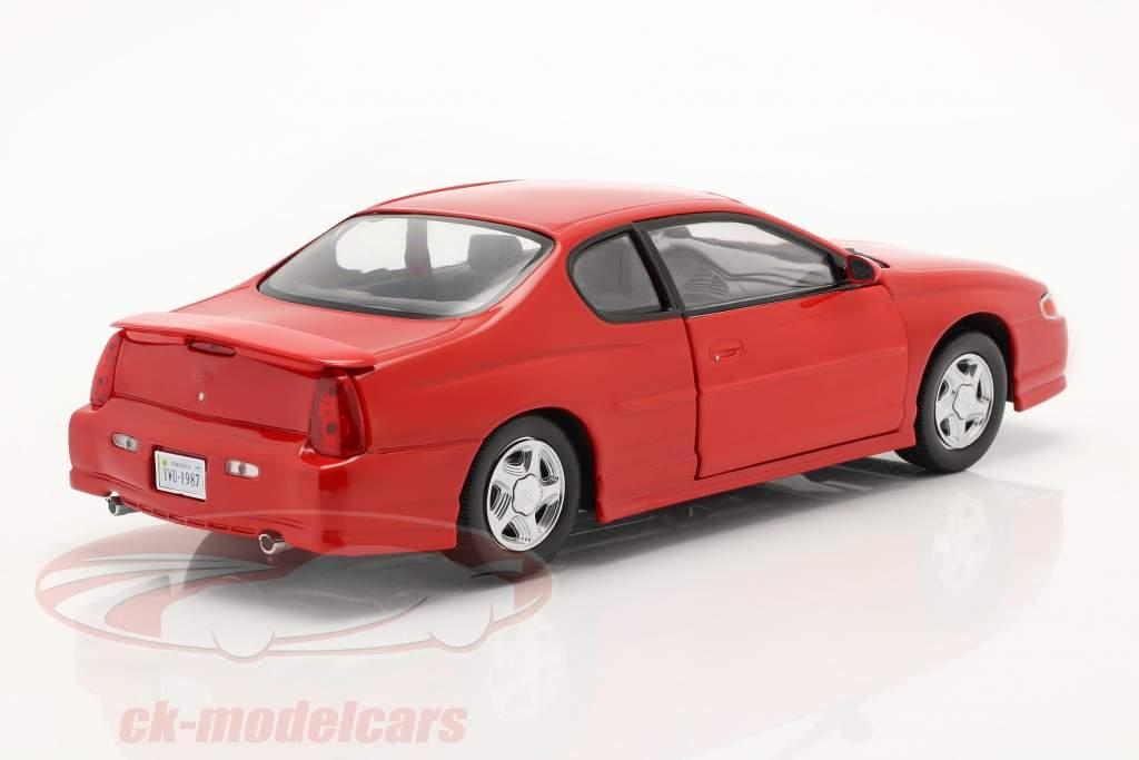 Chevrolet Monte Carlo SS Baujahr 2000 rot 1:18 SunStar