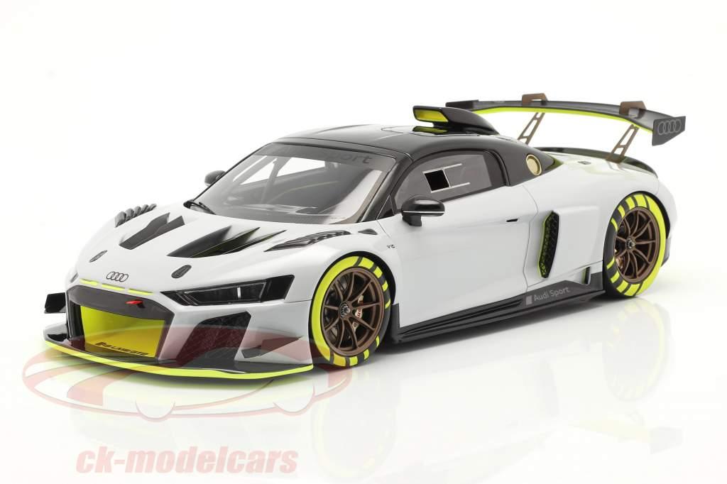 Audi R8 LMS GT2 Presentation Car 2020 grey / black / yellow 1:18 Spark