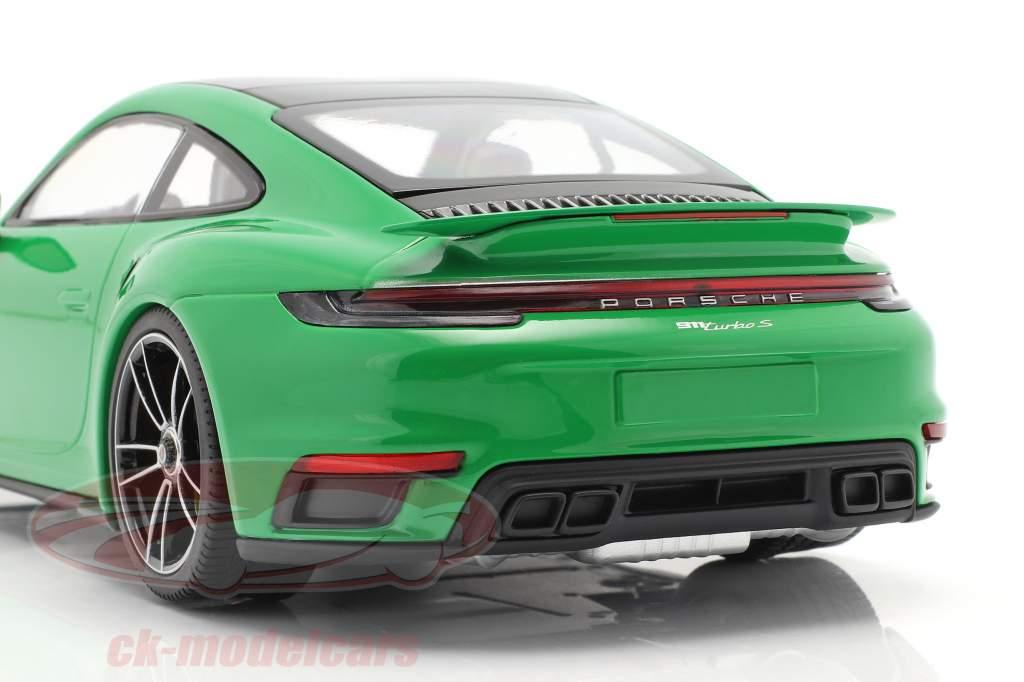 Porsche 911 (992) Turbo S Baujahr 2020 pythongrün 1:18 Minichamps