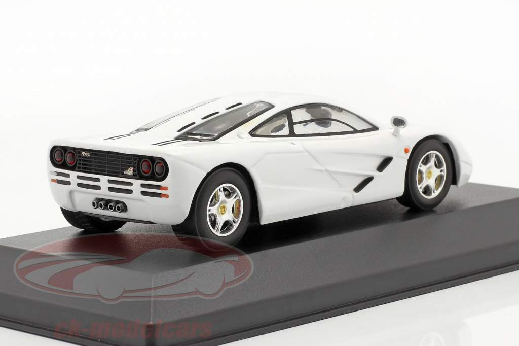 McLaren F1 GTR año 1996 blanco 1:43 Ixo