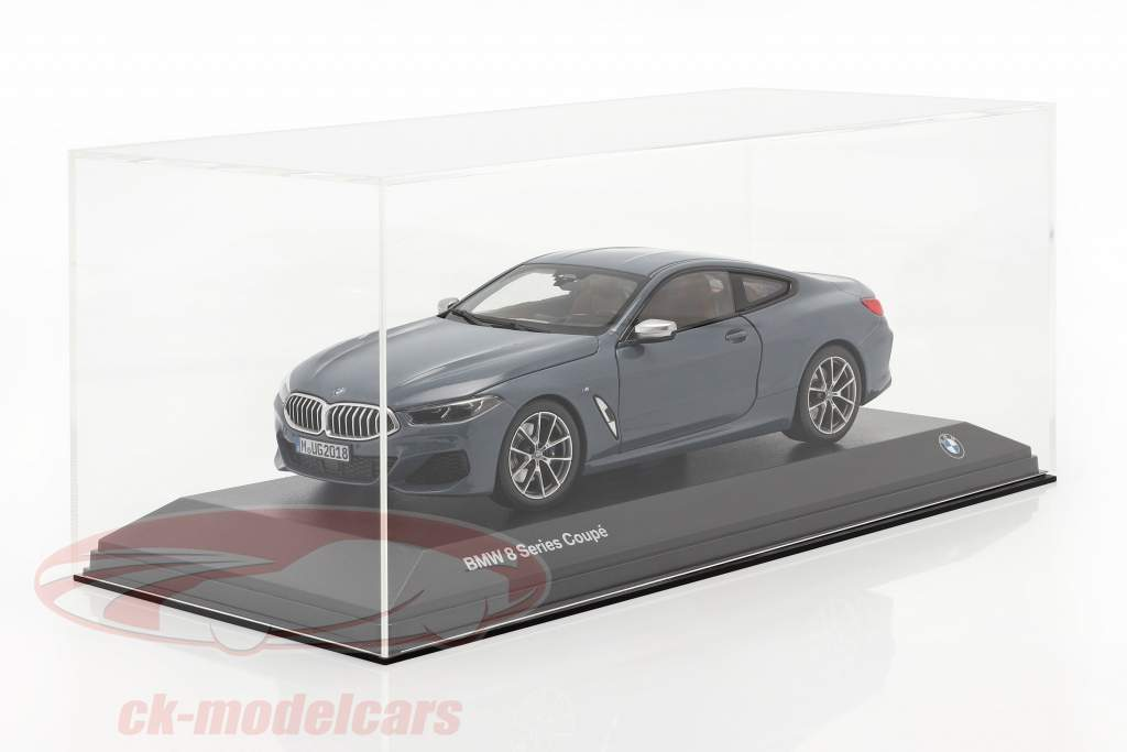 High quality Acrylic display case For Model cars in the scale 1:18 with base SAFE