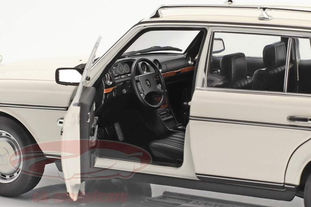 Mercedes-Benz 200 T (S123) Anno di costruzione 1982 bianca 1:18 Norev