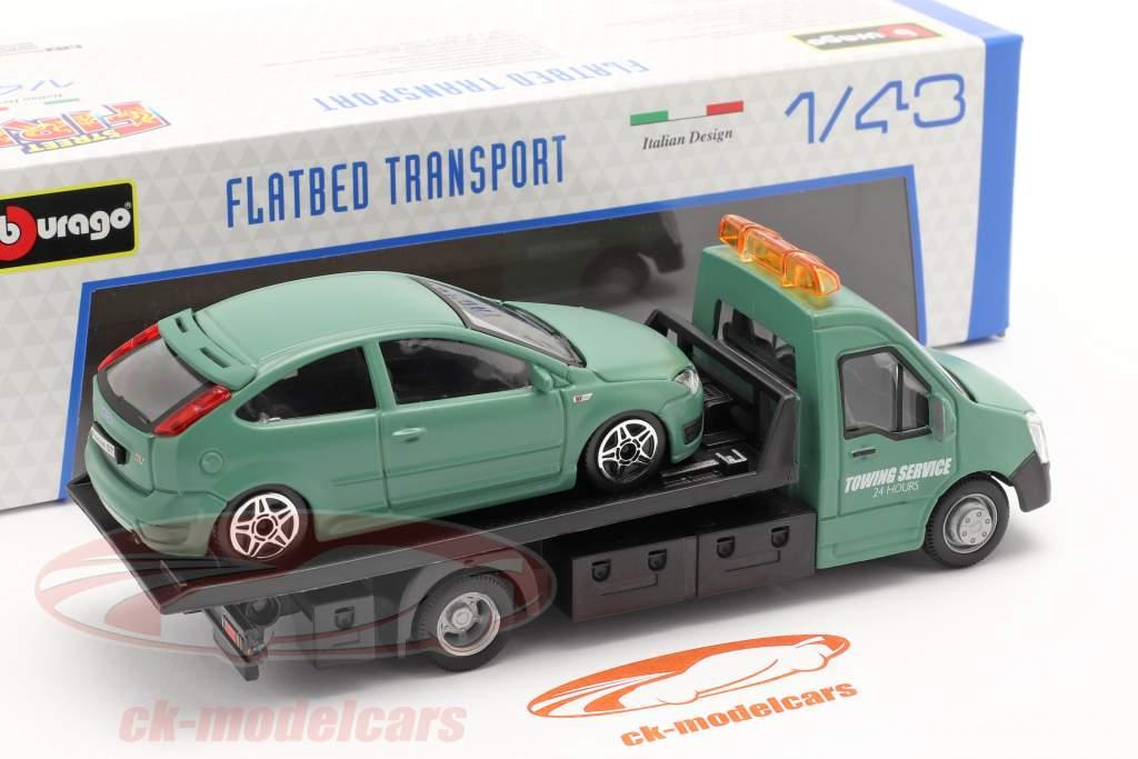 Ford Focus ST con transportador de superficie plana verde oscuro 1:43 Bburago