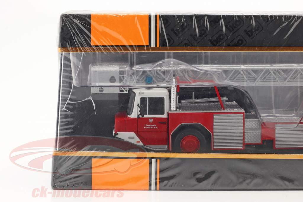 Magirus DLK 2312 pompiers Frankfurt am Main rouge 1:43 Ixo / 2. choix