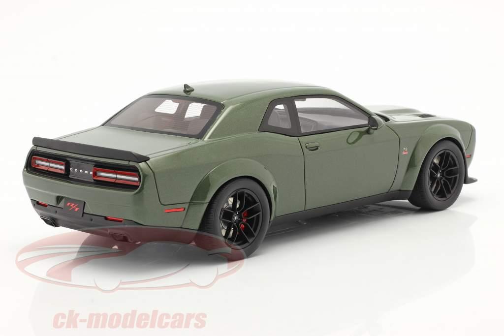 Dodge Challenger R/T Coupe Anno di costruzione 2019 verde metallico 1:18 GT-Spirit