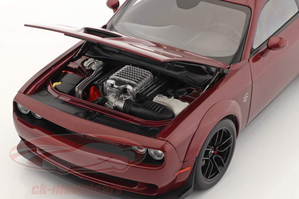 Dodge Challenger SRT Hellcat Año de construcción 2018 octano rojo 1:18 AUTOart