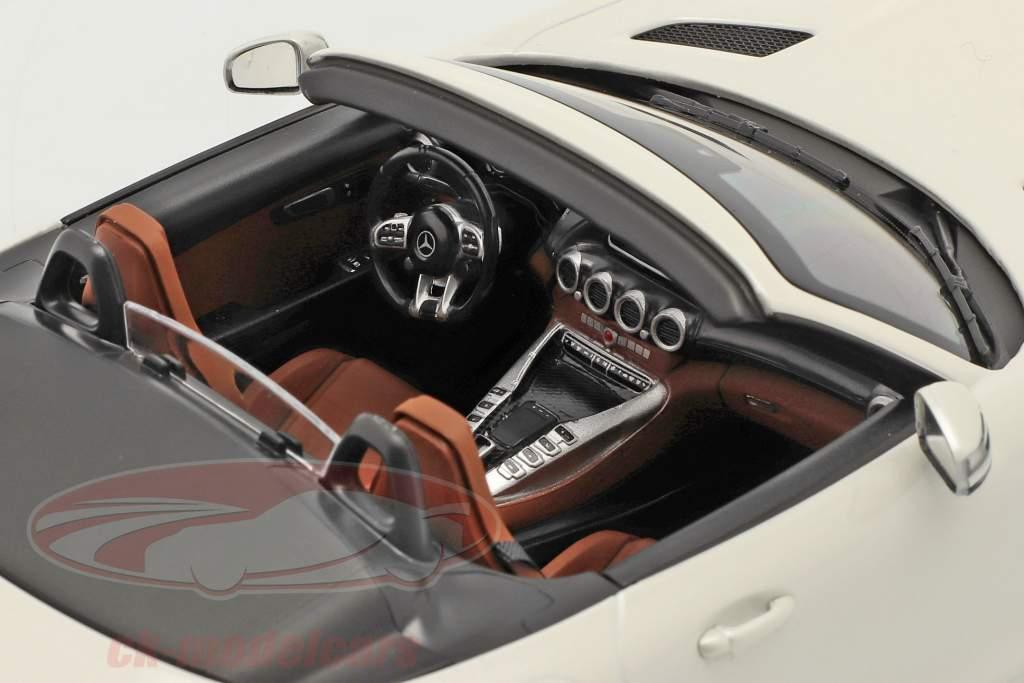 Mercedes-Benz AMG GT C Roadster Baujahr 2019 weiß metallic 1:18 Norev