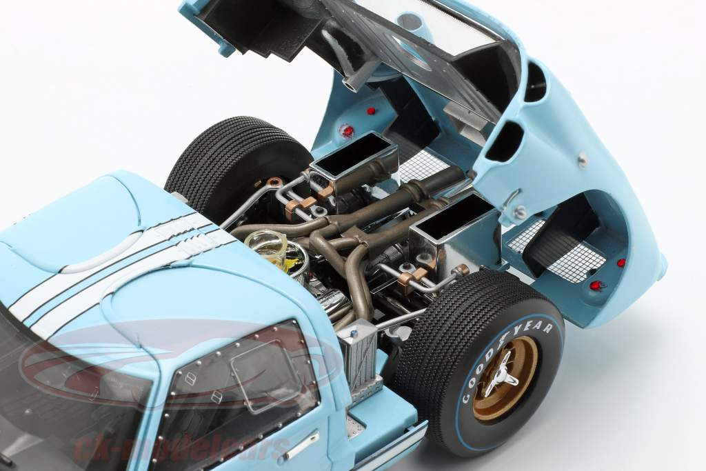 24h LeMans 1966 Collector's Set: libro Con Ford GT40 #1 #2 1:18 Shelby Collectibles