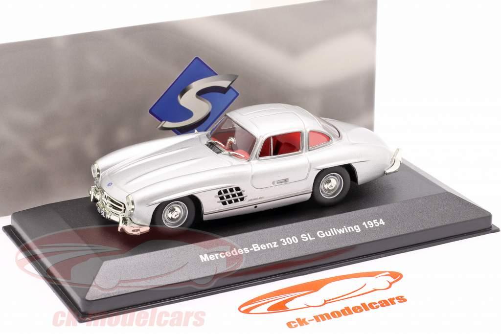Mercedes-Benz 300 SL (W198) Gullwing Byggeår 1954 sølv metallisk 1:43 Solido